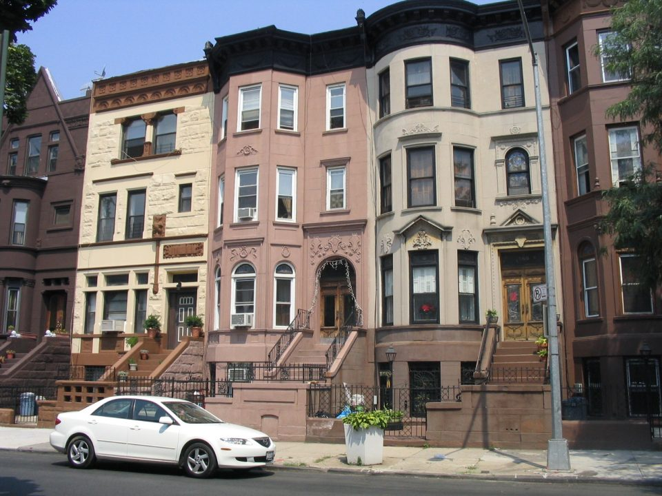 Bed Stuy movers - brownstone rowhouses